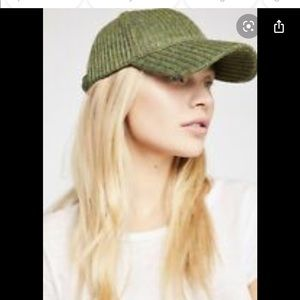 🆕FreePeople hunter green hat